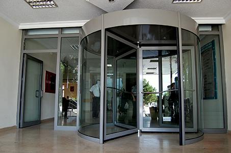 Poyraz Otomatik Kapı & Ferforje Sarıyer